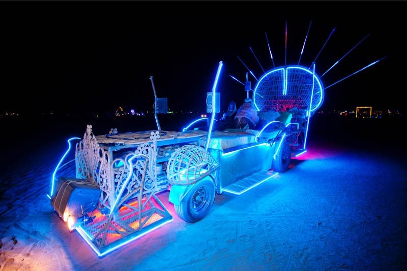 Burning-Man-2015-176;-Art-Car-Wicker-Bed