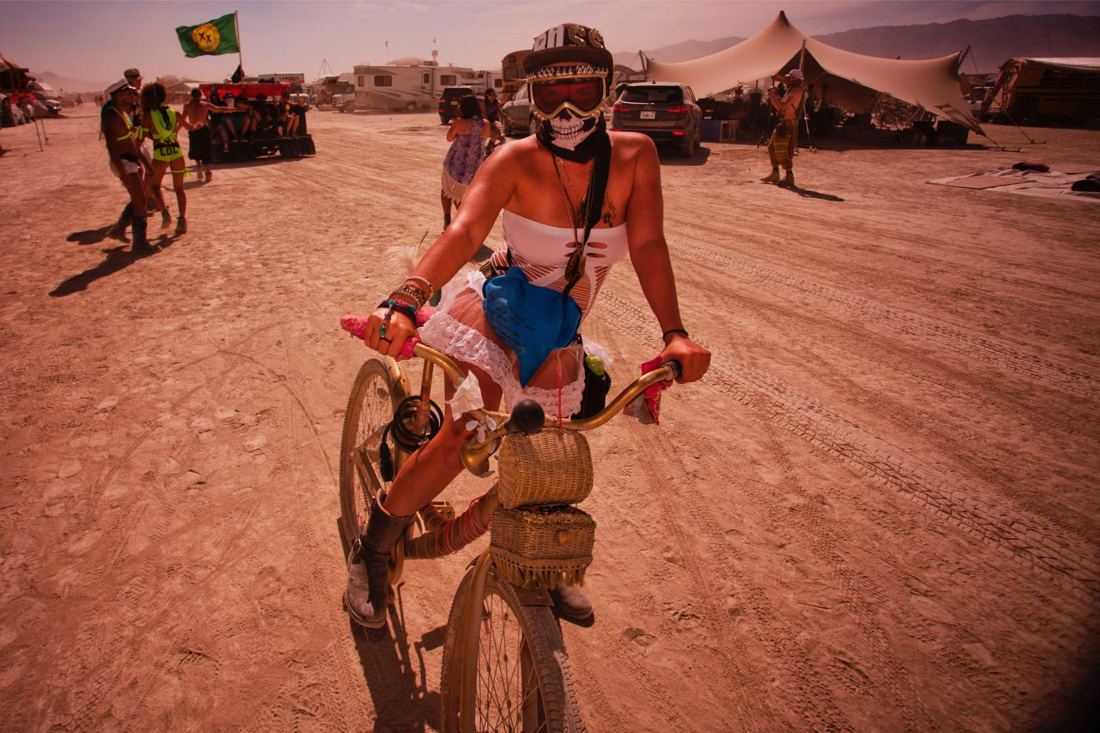 Burning-Man-2015-53;-Lily-Bike