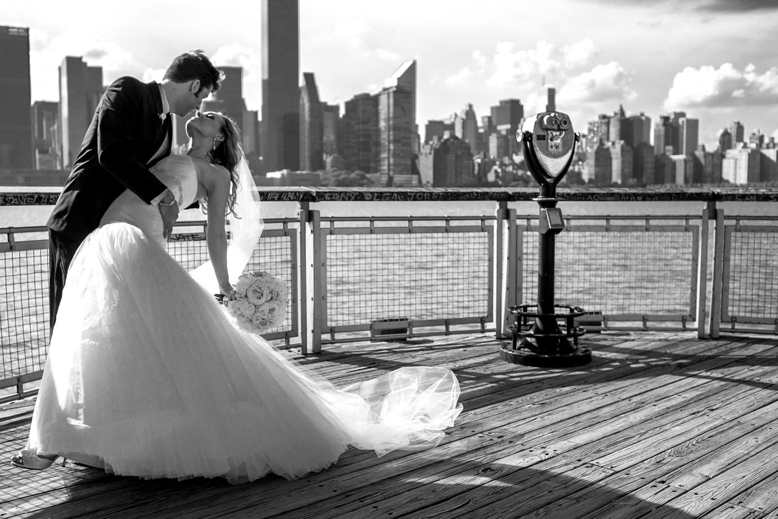 Stefano-&-Lindsey-overlooking-the-city