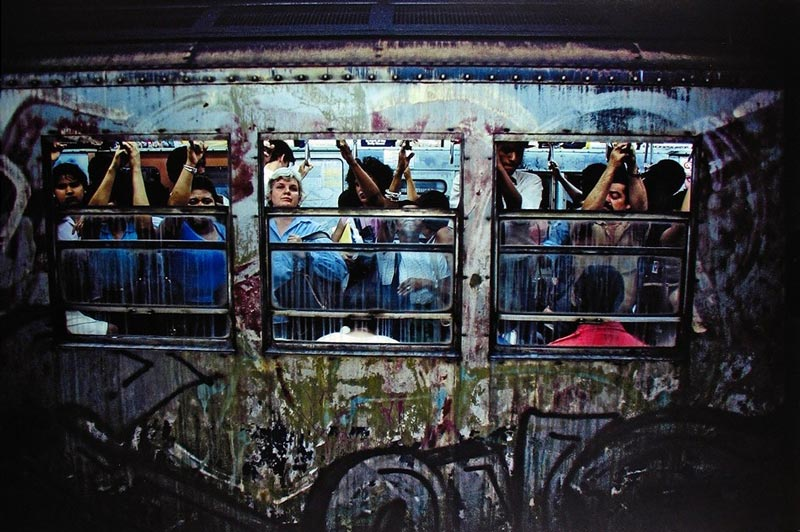 Bruce-Davidson-Subway-street-photography